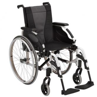 Кресло-коляска с ручным приводом Invacare Action 3ng в Казани